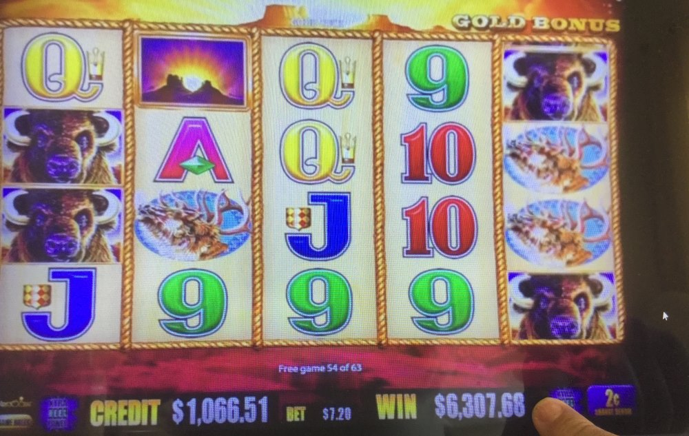 Images of Some Aristocrat Pokies and Slot Machine Huge Wins